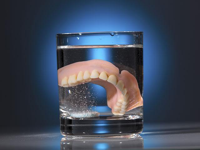 denture maintenance